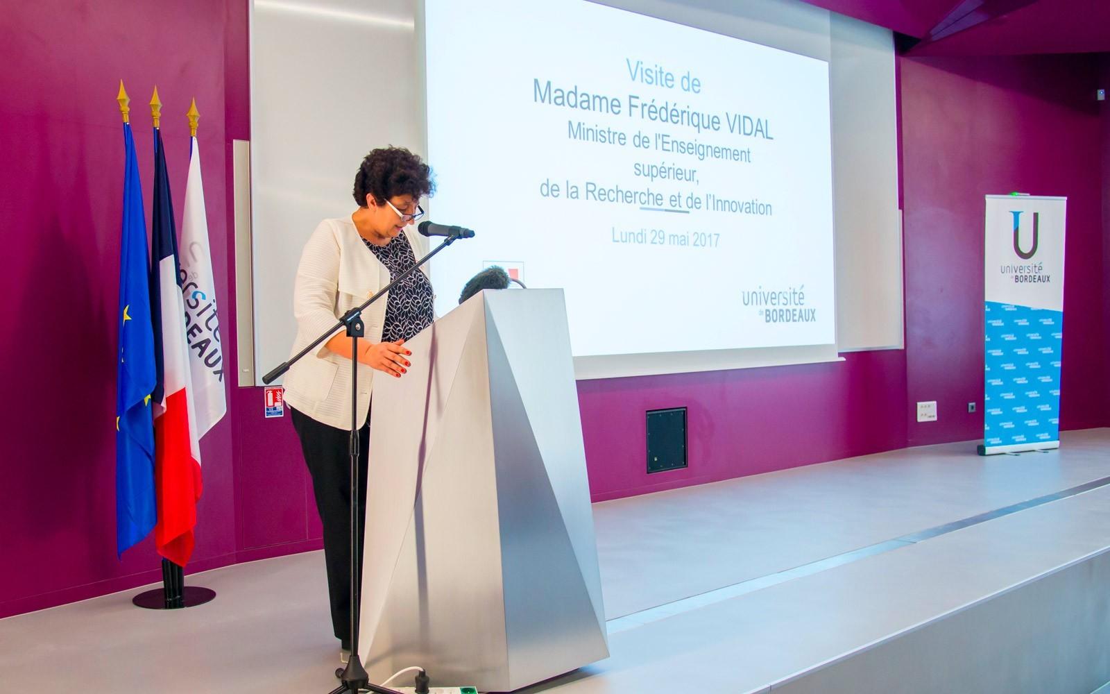 Frédérique Vidal - Visite Bordeaux Neurocampus