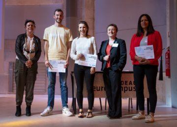 De gauche à droite : Mme Lefebvre, représentant la Casden / Hugo Martin / Camille Quilgars / Nathalie Sans, Directrice de Bordeaux Neurocampus / Emilie Faggiani